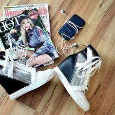 Sneakers time. www.elikshoe.pl #elikshoe #ewelina_bednarz #kolekcjonerka_butow #shoes #buty