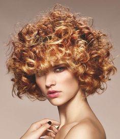 Risultati immagini per capelli biondo ramato ricci