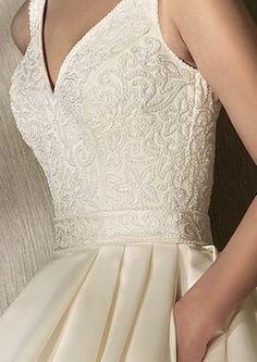 San Patrick Rociera Wedding Dress $275