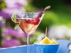 12 cocktails voor op het terras