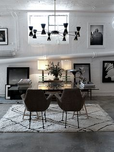 Meidän harmoniaa: Vintage design ihanuuksia Dining Room, Dining Table, Interior Design Inspiration, Vintage Designs, My Photos, Sweet Home, New Homes, Black And White, House