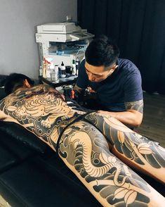 Asian Tattoos, Hot Tattoos, Body Art Tattoos, Girl Tattoos, Tattoos For Women, Tattoos For Guys, Japanese Tattoo Art, Japanese Tattoo Designs, Traditional Japanese Art