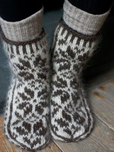 slipper socks. Etsy seller Quiet Hare.
