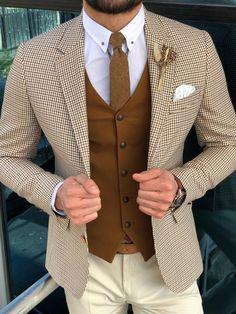 Slim-Fit Plaid Suit Vest Camel – brabion – Орлов Виталий – Join in the world of pin Plaid Suit, Suit Vest, Vest Men, Mode Masculine, Mens Fashion Suits, Mens Suits, Fashion Shirts, Grey Suits, Men Wear