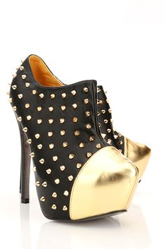 Patent Toe & Spike Studs Ankle Boots