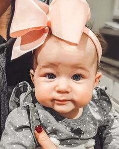 Image may contain: 1 person, closeup Chelsea Deboer, Chelsea Houska, Teen Mom, Her Style, Love Her, Bows, Face, Instagram, Handle