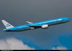 Photo of PH-BVA Boeing 777-306ER by Ricardo de Vries