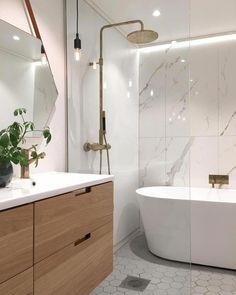Bilderesultat for hexagon fliser bad Bathroom Plans, Attic Bathroom, Bathroom Kids, Laundry In Bathroom, Bathroom Layout, Bathroom Cleaning, Bathroom Interior Design, Small Bathroom, Master Bathroom