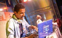 """Dj Paulo Alves é escolhido como novo rosto da marca """"Ballantine's"""" em Angola e PALOP http://angorussia.com/entretenimento/fama/paulo-alves-escolhido-como-novo-rosto-marca-ballantines-angola-palop/"""