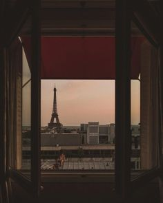 Find images and videos about paris and france on We Heart It - the app to get lost in what you love. Brown Aesthetic, City Aesthetic, Travel Aesthetic, Aesthetic Photo, Aesthetic Pictures, Dream City, Studio Ghibli, Aesthetic Wallpapers, Travel Photography