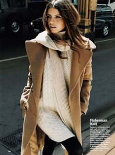 Outfit: fall fashion to winter fashion: fisherman knit sweater, camel coat, skinny jeans, via Looks Street Style, Looks Style, Style Me, Look Fashion, Womens Fashion, Fashion Trends, Knit Fashion, 80s Fashion, Fashion Models