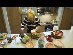 Hruškový kompót   Zuzana Machová - YouTube Chocolate Fondue, Ale, Desserts, Youtube, Food, Tailgate Desserts, Deserts, Ale Beer, Essen