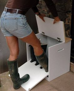 The Welly Boot Box - ingenious combination boot jack & door-side storage for two. The Welly Boot Box – ingenious combination boot jack & door-side storage for two pairs of garden Woodworking Plans, Woodworking Projects, Green Woodworking, Japanese Woodworking, Popular Woodworking, Woodworking Shop, Boot Storage, Storage Trunk, Storage Benches