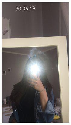 Teenage Girl Photography, Tumblr Photography, Girl Photography Poses, Snapchat Selfies, Snapchat Girls, Selfie Poses, Face Aesthetic, Korean Aesthetic, Aesthetic Photo