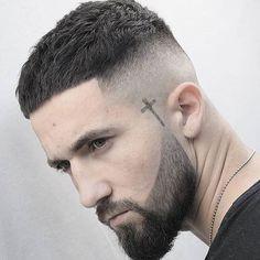 Top 30 Stylish Caesar Haircut Ideas Modern Caesar haircut Of 2019 new hair cut 2019 for man - New Hair Cut Clean Cut Haircut, High Fade Haircut, Crop Haircut, Haircut Men, Buzz Haircut, Hairstyles Haircuts, Haircuts For Men, Stylish Hairstyles, Popular Haircuts
