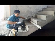 Amazing Fastest Skills Contruction - How to Render Stairs Using Sand And Cement, House Construction Cement Crafts, Concrete Projects, Concrete Design, 5 Marla House Plan, Cement House, Architecture Company, Apartment Layout, Stairways, House Plans