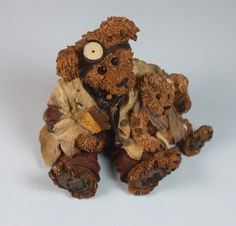 1998 Boyds Bears Resin Figurine Dr. Harrison Griz MD Bearstone Bears and Friends