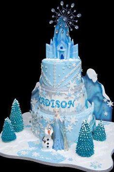 Ideas for cake desing disney frozen castle Elsa Birthday Cake, Frozen Themed Birthday Cake, Frozen Theme Cake, Mermaid Birthday Cakes, Frozen Themed Birthday Party, Themed Cakes, 4th Birthday, Frozen Castle Cake, Disney Frozen Cake