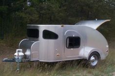 Camp-Inn teardrop travel trailers are considered to be some of the highest quality teardrop camping trailers built today. The 560 Ultra Raindrop is their flagship teardrop trailer.