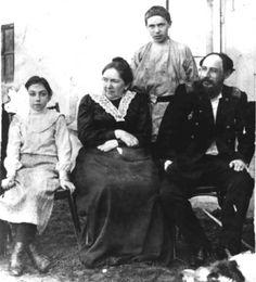Семья Хлебникова, 1900 г.