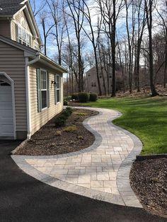 Nice 40 Beautiful Front Yard Pathways Landscaping Ideas #Frontyard #ideas #landscaping #pathways