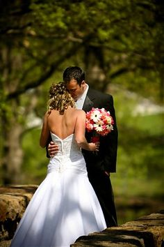 The Melbourne Marriott Hotel is ideally located in close proximity of many picturesque gardens for your special moments.
