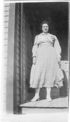 Ollie Geneva Jane Price My 2nd cousin 2x removed Birth 15 Dec 1894 in Randolph, Arkansas Death 6 March 1985 in Vernon, Wilbarger, Texas, United States of America
