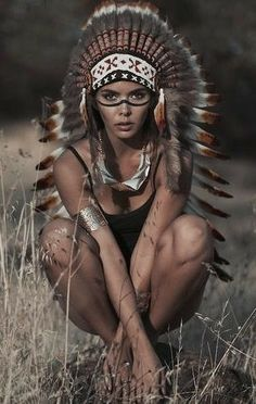 For War Bonnet purpose only Red Indian, Native Indian, Native Art, Native American Girls, Native American Beauty, Native American Warrior, Indian Makeup, Indian Beauty, Sensual