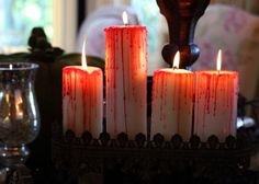 DIY Blood Dripped Candles #party #decorations #Halloween #DIY #craft #project #candles #decor #festive