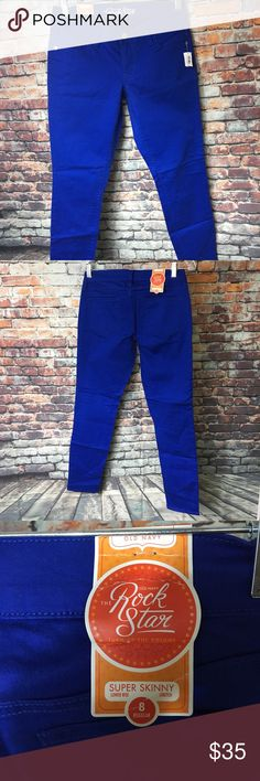 Old Navy Rockstar Jeans Old Navy Rockstar Jeans Women's Size 8 Regular Super Skinny Low Rise Stretchy.  Dark blue.  New with tags Old Navy Jeans Skinny