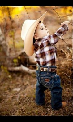 Cowboy Baby Names Cowboy names are the names used by famous people from the old West and from legends of America. See also American Names and Native American Names for more information about… Little Cowboy, Little Boys, Lil Boy, Baby Outfits, Baby Boy Wedding Outfit, Cowboy Outfits, Toddler Outfits, Fashion Kids, Foto Baby