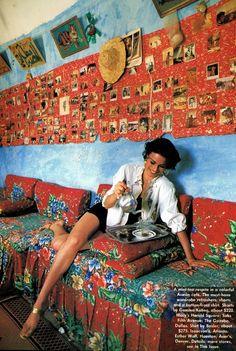 """Touring Class"", Vogue US, May 1992 Photographer : Ferdinando Scianna Model : Magali Amadei"