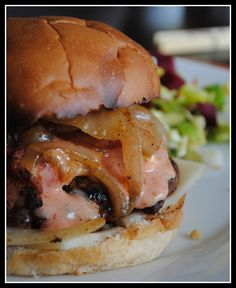 ultimate sriracha burger recipe - http://johnrieber.com/2015/06/30 ...