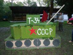 Egy tank az 1956-os forradalmi keretmeséhez.