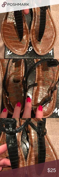 Sam Edelman Gigi Black Boa Print Sandals Sam Edelman Gigi Black Boa Print Sandals. Size 9.5. Comes in original box. In excellent condition! Sam Edelman Shoes Sandals