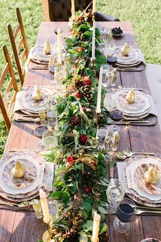 gorgeous fall tablescape & garland