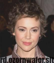 Newest Pic Alyssa Milano Hairstyles Tips Be Ready Because There S A Whole New Say Involving 2020 Hairstyle Concepts Coming Ones Way Blending New A New Site Alyssa Milano Hair Short