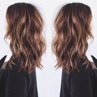 Medium Layered Wavy Hairstyle