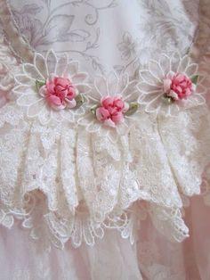 So pretty.more Shabby. Ribbon Art, Lace Ribbon, Silk Ribbon Embroidery, Ribbon Flower, Diy Ribbon, Vintage Shabby Chic, Vintage Lace, Pearl And Lace, Linens And Lace
