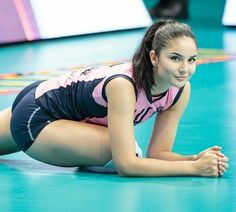 Post with 0 votes and 9170 views. Klara Perić stretches her Volleyball parts Volleyball Outfits, Volleyball Pictures, Volleyball Shirts, Cheer Pictures, Female Volleyball Players, Women Volleyball, Volleyball Setter, Beautiful Athletes, Hot Cheerleaders