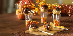Turkey Pop Treats - Rice Kripsies - So CUTE! Adorable treat idea for your kids' Thanksgiving party or Thanksgiving Kid's Table