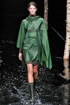 Hunter Original - Autumn/Winter 2014-15 Ready-To-Wear - LFW (Vogue.com UK)