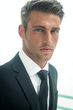Mens professional hairstyles 2018 - New Hair Styles ideas Top Hairstyles For Men, 2015 Hairstyles, Modern Hairstyles, Medium Hairstyles, Classic Mens Hairstyles, Curly Hairstyles, Haircuts For Young Men, Men Hairstyle Short, Modern Mens Haircuts