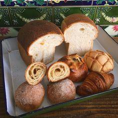 パンの種類まだいろいろございますお仕事帰りの皆さまご来店お待ちしております by chiestylee http://ift.tt/252xVbT