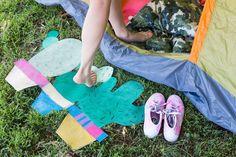 18 Ingenious DIY Camping Hacks That Make Roughing It Easy via Brit   Co