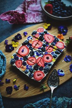 Lemon Berries & Cream Slice Cake - Raw Vegan