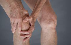 knee weakness and sciatica