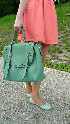 #LYDC #handbag #mintgreen #blogger #fashion #style #outfit # skirt #peach #lovelyday
