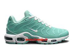 online retailer 95c14 0fb0b Filles Rétro, Chaussure Nike Pas Cher, Chaussures Nike, Des Baskets, Requin,