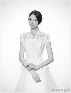 [웨딩드레스] 신부에게 우아함을 더해주는 웨딩드레스 컬렉션,몽유애 < 웨딩뉴스 < 월간웨딩21 웨프